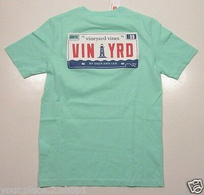 Vineyard Vines Boys S/S Marina Green Vineyard Plate Graphic Pocket T-Shirt