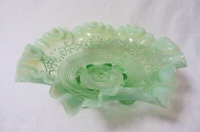 Jefferson Glass Wheel Design Green Opalescent 3 Toed Ruffled Edge Bowl