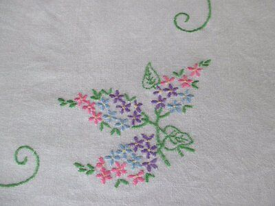 VINTAGE TABLECLOTH HAND EMBROIDERED with FLORAL DESIGN