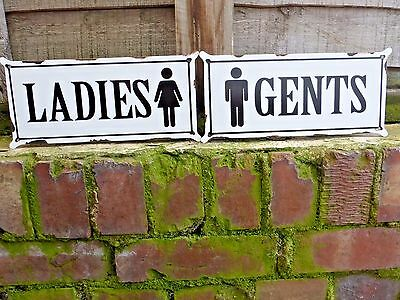 Set 2 Ladies And Gents Toilet Metal Door Signs Vintage Shabby Design Retail Home