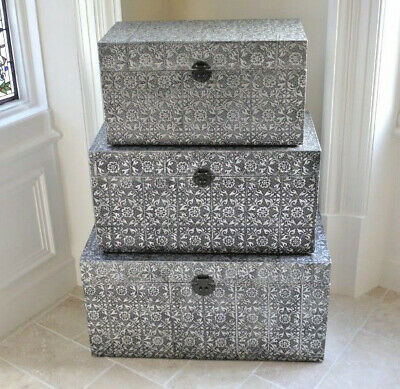 Set Of 3 Trunks Silver Embossed Vintage Storage Boxes Home Organisers Chests