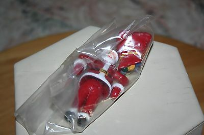 SANTA CLAUS with GIFT BAG FIGURES G SCALE PAINTED PLASTIC MODEL RR TRAIN