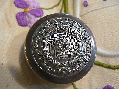 Pretty Little Antique Silver Plated French Trinket Pill Patch Box    Dw/20/mr