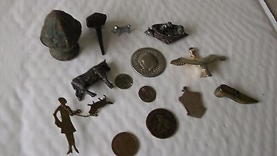 GROUP OF UNRESEARCHED METAL DETECTING FINDS  99p