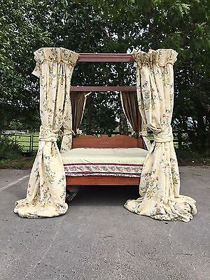 """An Antique Style 4 Poster Bed Frame Solid Mahogany Standard 4'6"""" Double Size VGC"""