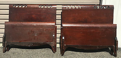 Antique Set Twin Beds Red Wood Mahogany Sleigh Beds Pair Bed Head Foot Boards
