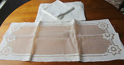 Vintage Madeira Organdy Flowers Embroidery 8 Placemats & Napkins + Runner 17 pcs