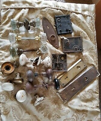 Huge Lot Of Vintage Antique Hardware Door Knobs Plates Guts I6F
