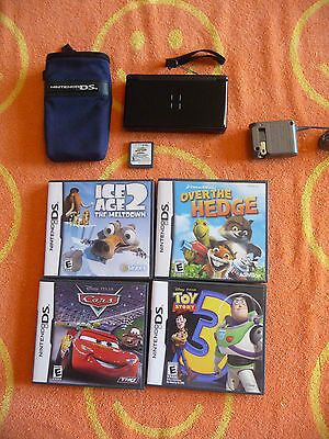 black nintendo ds lite console with charger and accessories picclick uk. Black Bedroom Furniture Sets. Home Design Ideas