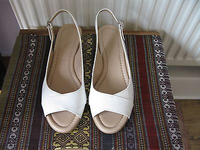 footglove white leather sandals with cork wedges size 5