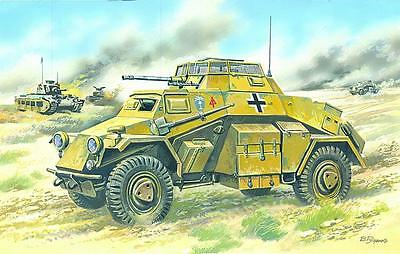 ICM 72411 WWII German Light Armoured Vehicle Sd.Kfz.222 in 1:72