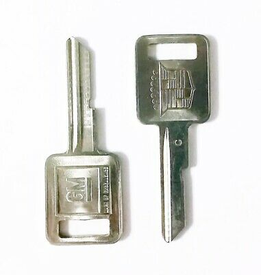 Strattec OEM Cadillac Ignition C Keyway Key Blank One Pair Uncut Original New