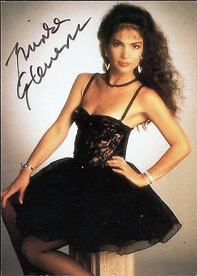 Brinke Stevens signed original 1994 Scream Queens 4 trading card / autograph