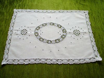 "ANTIQUE TRAY CLOTH-LACE DECORATION & TRIM - 13""x 18"""