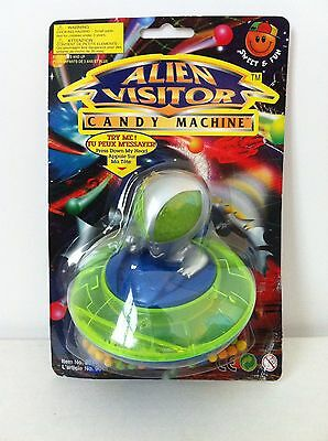 Vintage 1997 Sunco ALIEN VISITOR Candy Container UFO Roswell fleer bubble gum