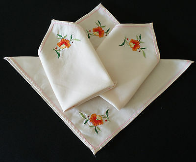 VINTAGE NAPKINS x 4 ~ EMBROIDERED DETAIL, HIGH TEAS, COUNTRY, FRENCH DECOR