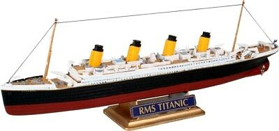 RMS Titanic Queen of the Sea 1/1200 scale skill 3 Revell plastic model kit#5804