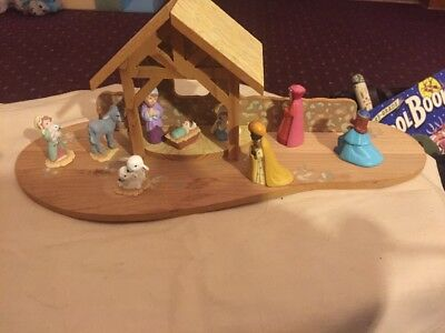 Hallmark 1989 Merry Miniatures Christmas Nativity Set & Stable 9 Pc Set