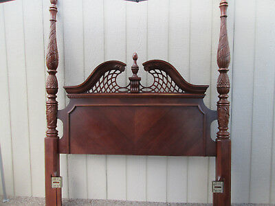 58301 QUEEN Size  Cherry Poster bed with Wood side rails