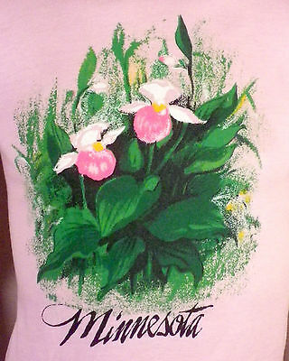 vtg 80s soft thin Pink Minnesota T-Shirt Flowers Floral ladies SZ S