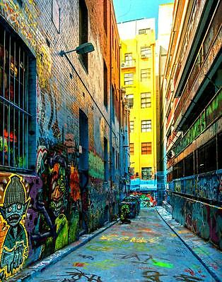 Laneways & Secret Places of Melbourne with maps & photos - Up-dated Edition