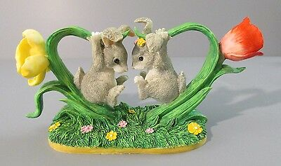 "1997 Charming Tails ""Bunny Buddies"" Daffodil and Tulip Forming a Heart Figurine"