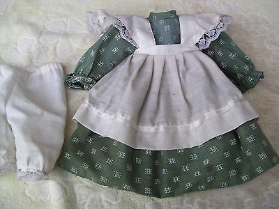 Alte Puppenkleidung Green Apron Dress Outfit vintage Doll clothes 40 cm Girl