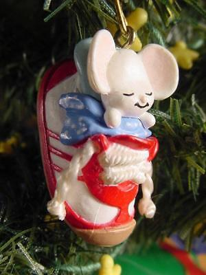 1988 HALLMARK Miniature CHRISTMAS ORNAMENT tiny tennis shoe SNEAKER MOUSE wD BOX