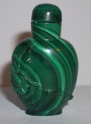 Exquisite Chinese Antique Green Malachite Hand Carved Little Snuff Bottle