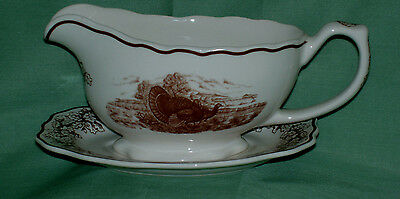 WADE POTTERY~ PROSPERITY GRAVYBOAT AND STAND~Made in England~New~
