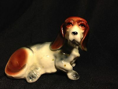 Vintage Miniature Glossy Tri-Color Pudgy BASSET HOUND FIGURINE  CUTE!!! 50's?