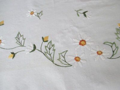 VINTAGE TABLECLOTH EMBROIDERED with DAISIES - UNUSED