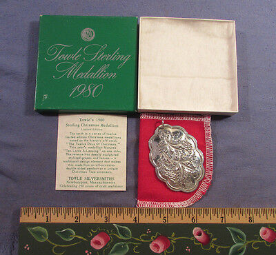 Vintage 1980 Towle Sterling Silver Christmas Ornament Medallion With Box & Coa
