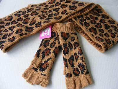 Betsey Johnson Infinity Scarf Fingerless Gloves 2 PC Leopard Knit Winter Set NWT