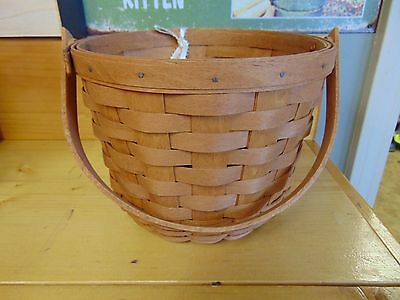 "Longaberger 1991 round basket 6 1/4"" x 7"" diameter, with handle, + CARD NEW"