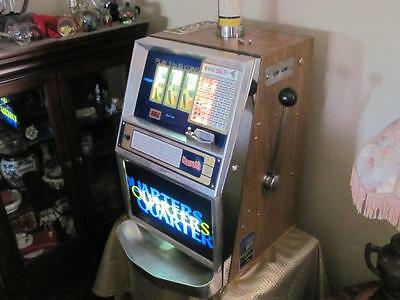 Vintage Jennings 400 slot machine from  a Harrah's Casino pickup only CA
