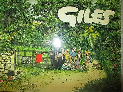 GILES COMIC BOOK (DAILY EXPRESS PUBLICATION) No.33. 1979  ,UNCLIPPED 50p