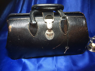 Doctor's Bag Pebbled Cowhide leather with Key Vintage