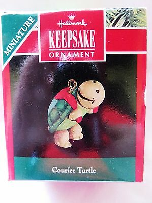 1991 Hallmark Keepsake Miniature Christmas Ornament COURIER TURTLE RARE