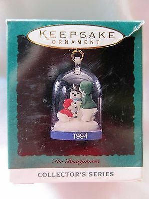 1994 Hallmark Miniature Christmas Ornament THE BEARYMORES #3 IN SERIES