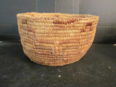 """Southwest Native American Indian 5""""x8"""" Basket Hand Woven Dyed Geometric Patterns"""