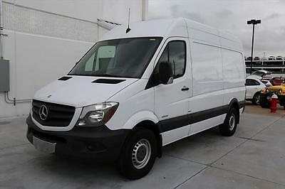 2014 Mercedes-Benz Sprinter  2014 MERCEDES-BENZ SPRINTER 2500 144WB CARGO DIESEL 67K #843962 Texas Direct