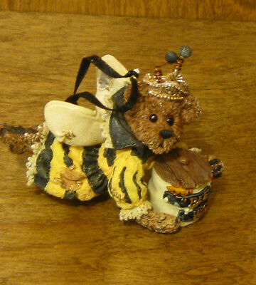 Boyds Ornaments #25715 Sage Buzzby...Bee  Wise, MIB New from our Retail Store