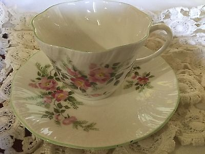 Royal Minister Bone China Textured Cup And Saucer England   White/ Roses