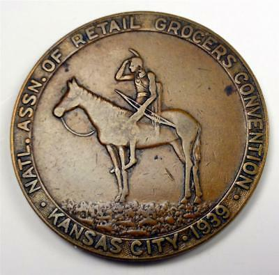 1939 Medal NAT'L GROCERS CONVENTION KANSAS CITY MO & FOLGER'S COFFEE 31mm ME7989