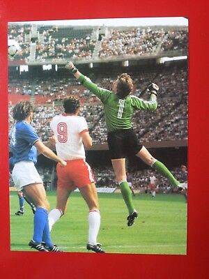 FOOTBALL repro PHOTO ROSSI ZMUDA MLYNARCZYK COUPE DU MONDE 1982 Format 23/30