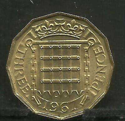 GREAT BRITAIN GB 1967 QUEEN ELIZABETH II BRASS 3d COIN UNCIRCULATED.