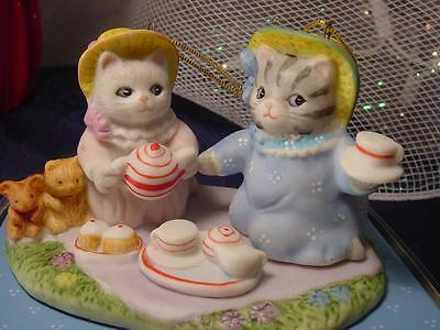 NEW Schmid Kitty Cucumber ANNUAL CHRISTMAS ORNAMENT Kittens TEA for TWO cakes