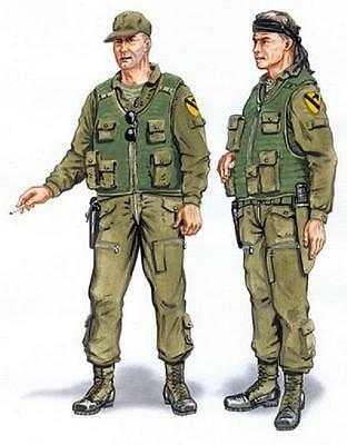 PLUS MODEL AL4048 Crew for UH-1 Huey Resin Figuren in 1:48