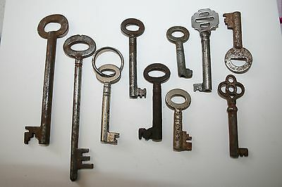 10x Antique Metal Keys Cabinet/Box Key Spares Display Locks Vintage Shabby Chic